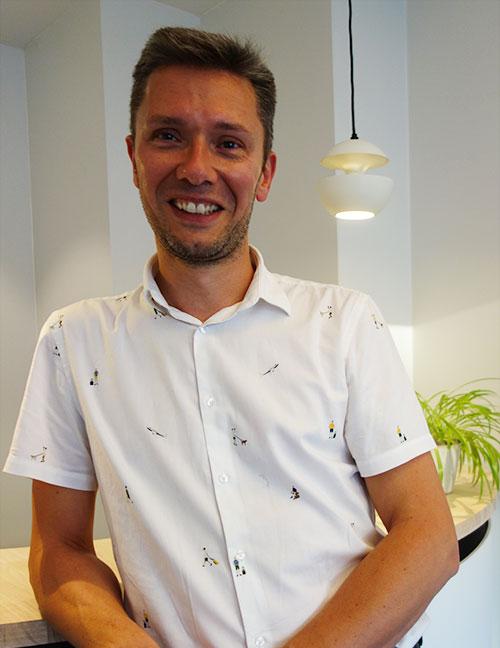 Dr. Frederik Debruyne